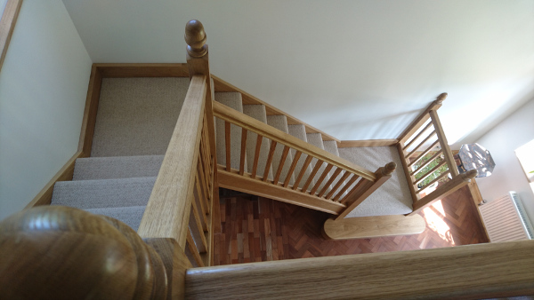 Quarter turn staircase.
